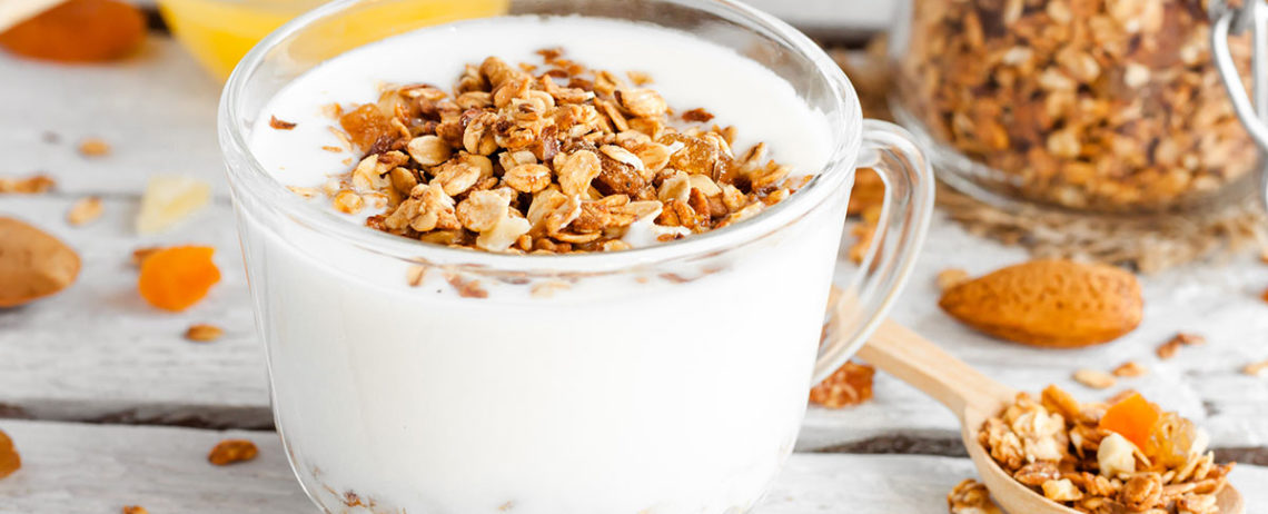 4 idee deliziose per la tua merenda a base di yogurt greco!