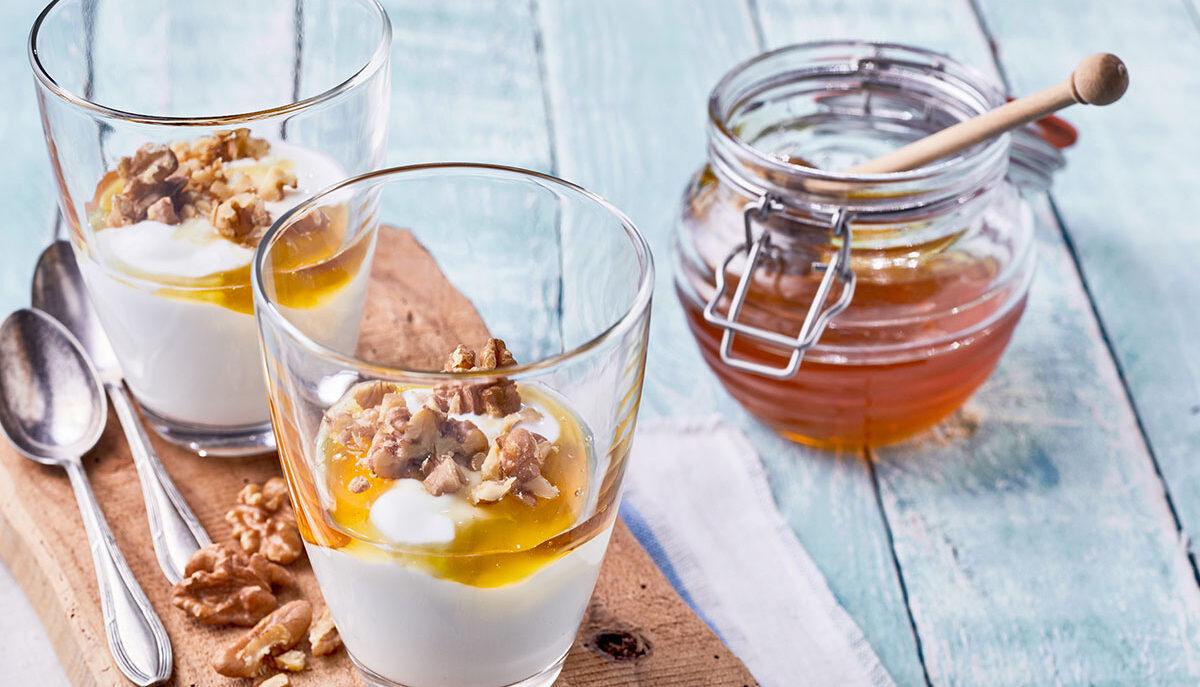Scopri la differenza tra yogurt e yogurt greco!