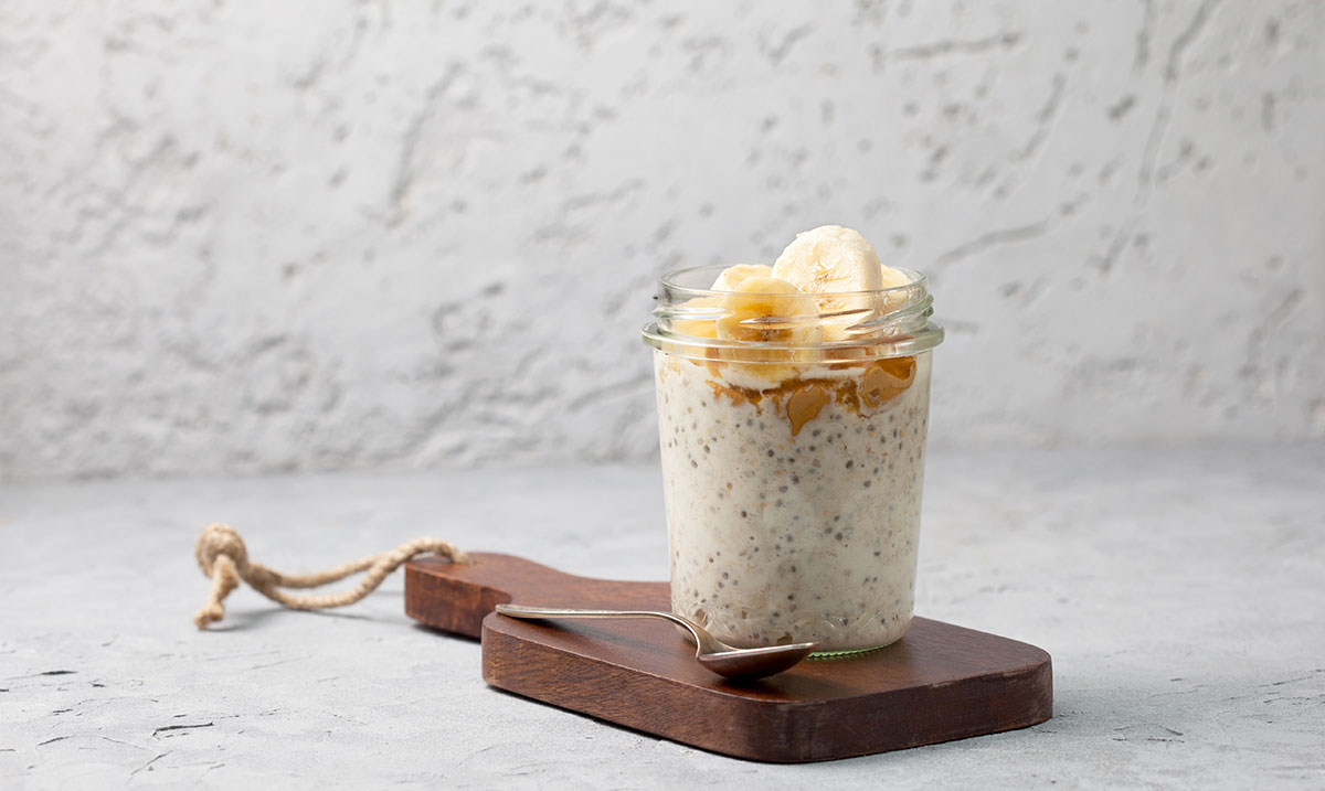 overnight-oatmeal-yogurt
