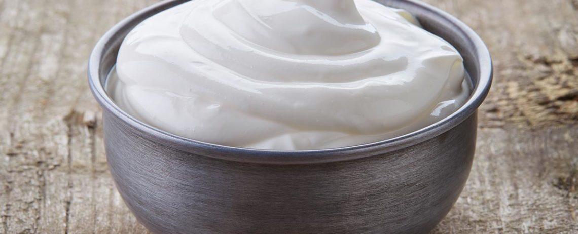 Yogurt greco di pecora, 5 proprietà da conoscere