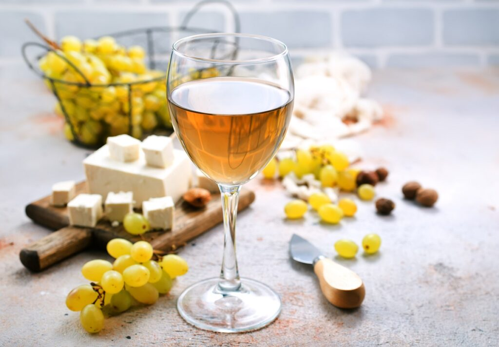 vino bianco da abbinare alla feta