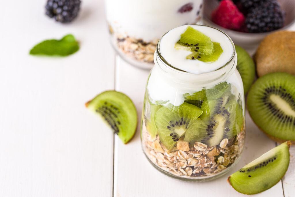yogurt e kiwi