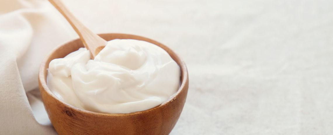 Perché mangiare lo yogurt greco prima di dormire?