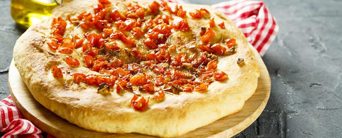 Avete mai provato la pizza con feta? Ecco alcuni abbinamenti sfiziosi!